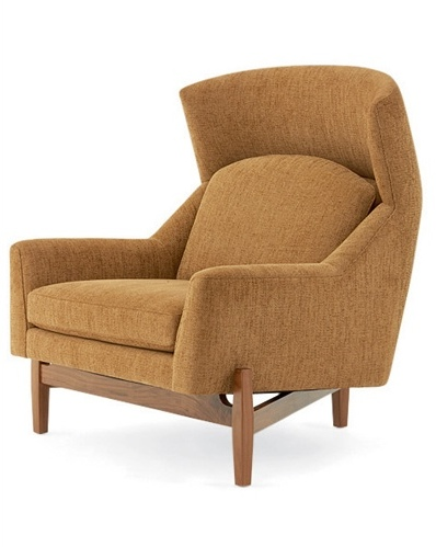 Beautiful winged chair cozy beige