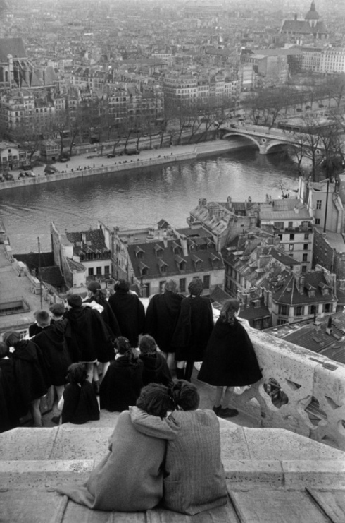 Henri Cartier-Bresson photography Paris black and white
