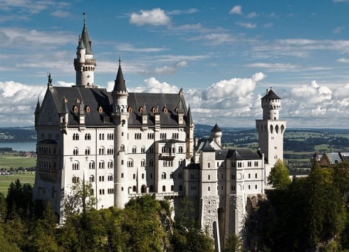 Neuschwanstein Castle fairy tale travel ideas places