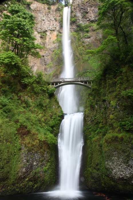 Multnomah Falls beautiful places travel ideas inspiration Oregon