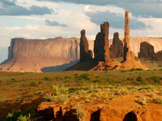 Monument Valley travel destinations ideas
