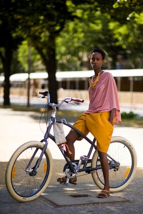 biking attire fashion style inspiration ideas what to wear