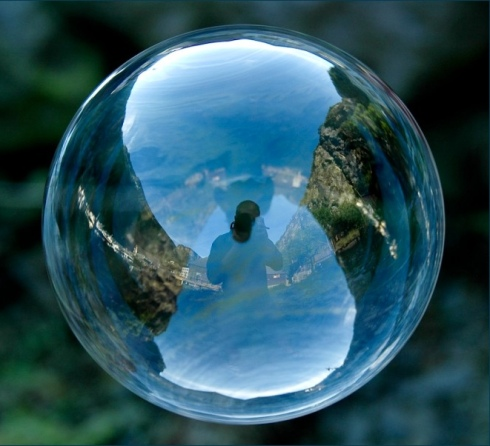 Tom Storm photography world in a bubble